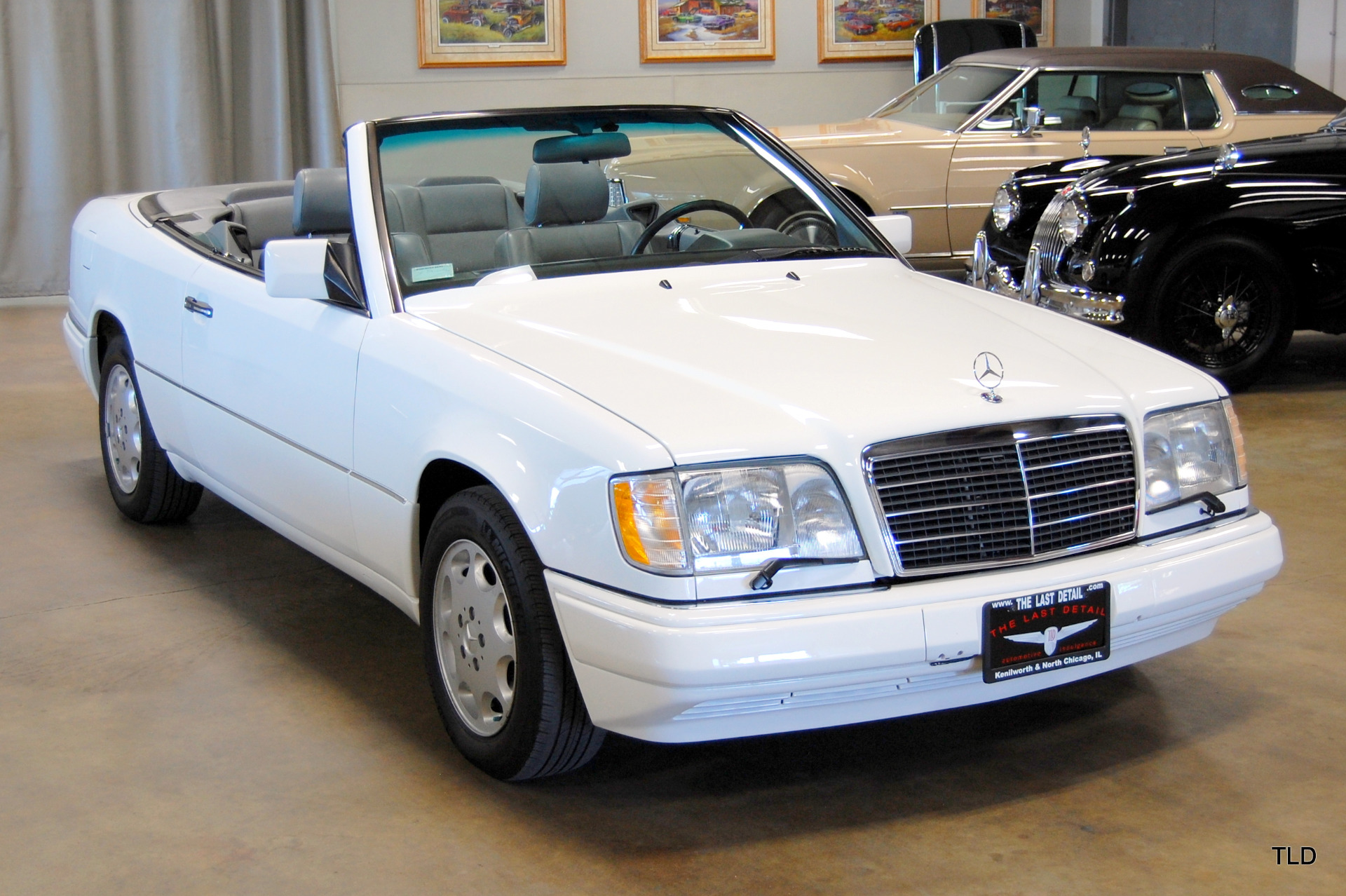 1994 mercedes benz e class e320 for Mercedes benz detailing