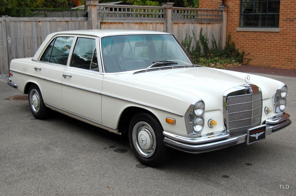 1968 mercedes benz 250se for Mercedes benz finance calculator