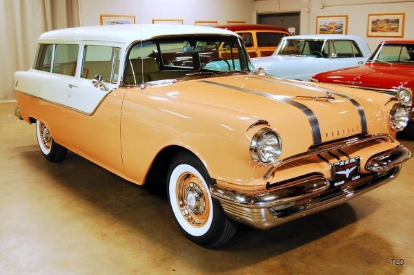 1955 Pontiac Chieftain Colony