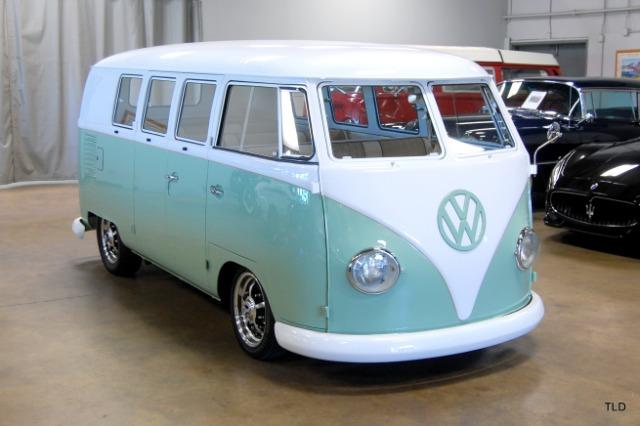 1962 Volkswagen Microbus Safari